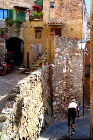 2-toscana-costa-degli-etruschi-per-bambini-archivio-fot-provincia-livorno-Mancini-Martino