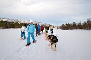 Alta-Norvegia-Finnmark-escursione-con-le-ciaspole-sul-lago-ghiacciato4