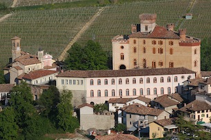 Barolo_03-ph-Ente-Turismo-Alba-Bra-Langhe-Roero