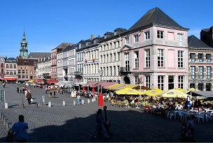 Belgio-Mons-GrandPlace