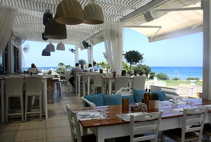 Cipro-protaras-alati-by-the-sea2