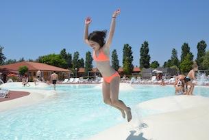 Delta-Po-Villaggio-Barricata-piscine2