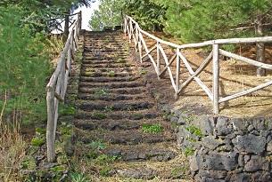 Etna-Area-attrezzata-Parco-Etna