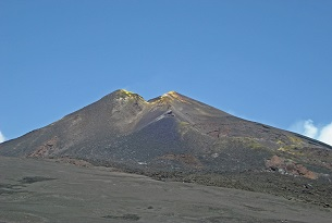 Il Vulcano Etna con i bambini, crateri