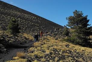 Il Vulcano Etna con i bambini, trekking estivo