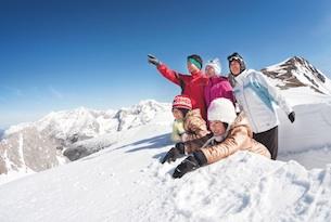 Innsbruck-sciare-famiglia