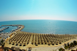 Kastela Beach Larnaka