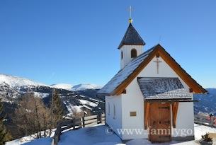 Katschberg-foto-familygo-chiesetta-panorama