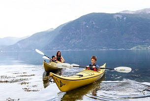 Norvegia-Kayaking-in-Norddal-Photo-by-Devid-Rotasperti-Photographer(1)