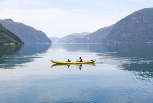 Norvegia-Kayaking-in-Norddal-Photo-by-Devid-Rotasperti-Photographer(2)