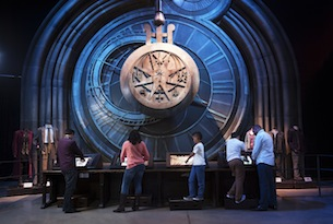 London-Warner-Bros-studios-Harry-Potter-Mix-Big-Room-Clock