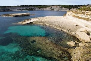 Malta-visitmalta-Marsaxlokk.mare