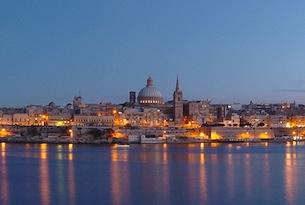 Malta-visitmalta-Valletta_Night