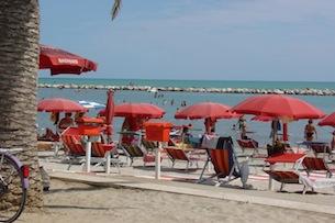 Marche-mare-Cupra-Marittima-spiaggia