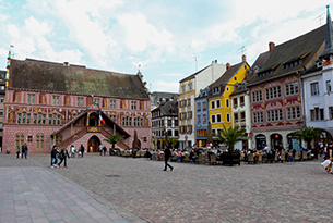 Mulhouse-la-piazza-di-mulhouse-photo-devid-rotasperti(1)