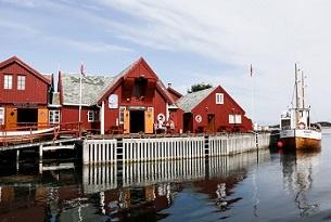 Norvegia-Haholmen-Island-Photo-by-Devid-Rotasperti-FamilyGo