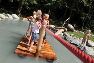 Tirolo Orientale giochi d'acqua