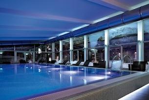 Schloss-Hotel-Pontresina-piscina