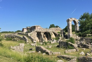 Umbria-Rocca-di-Narni-Carsulae (2)