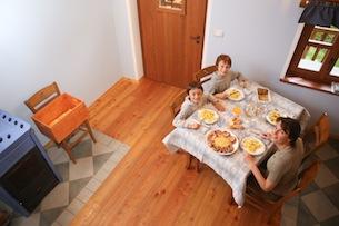Valle-Maira-Il-pranzo-da-asporto-Baite-Sagna-Rotonda-Fotografie-Devid-Rotasperti13