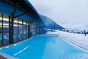 alto-adige-family-hotel-gerberhof-piscina-bambini-foto-familygo19