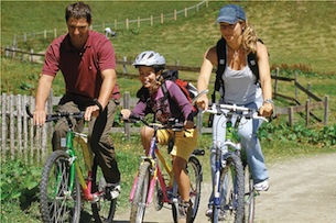 alto-adige-val-ridanna-hotel-schneberg-mountainbike-familie