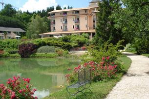 campus-inglesi-in-italia-marche-hotel-parco-del-lago
