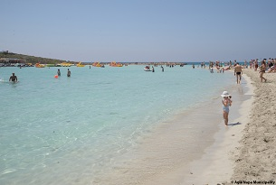 cipro-nissi-beach