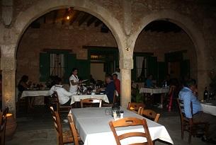 cipro-taverna-mousikos2