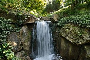Giardini Merano per bambini, cascata