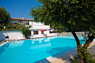 hotel-major-pinnarella-cervia-piscina