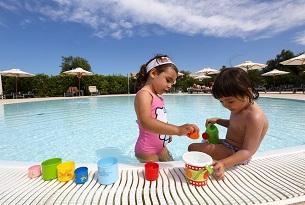 iberotel-apulia-piscina-baby