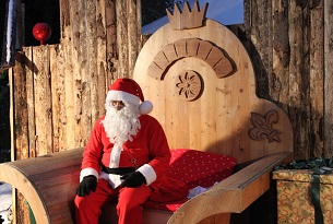 mercatini-di-natale-in-trentino-Babbo-Natale-Levico