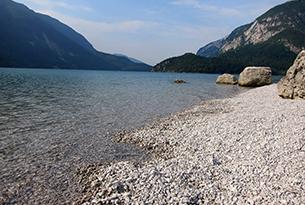 molveno-paganella-acqua-lago