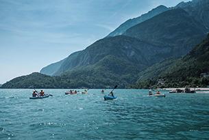 molveno-paganella-lago-canoe