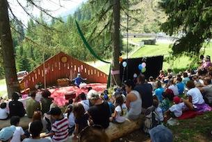 predazzo-latemar-festival-clownerie-anfiteatro Predazzo gardone