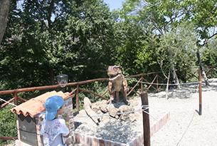 sicilia-alcantara-tirannosauro