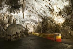 slovenia-grotte-di-postumia-ph-Miha-Krivic