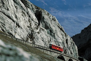 Pilatus Cremagliera - Copyright by Switzerland Tourism By-line: swiss-image.ch/Philipp Giegel