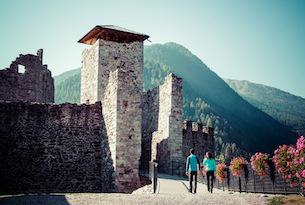 Trenino dei castelli speciale bambini, Castello di Ossana