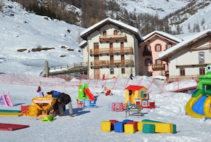 valle-d-aosta-gressoney-ph-familygo-17